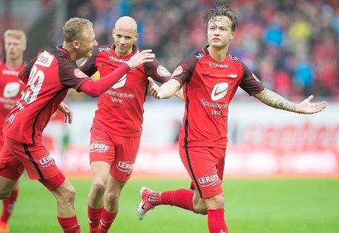 Brann og Fredrik Haugen jubler etter 5-0-seieren mot Sandefjord på 16. mai. Nå venter en tøff bortekamp i Sogndal.