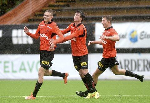 Erik Huseklepp venter fortsatt på sin første seier som Åsane-spiller, men personlig har oppholdet nord i Bergen vært positivt. Fem mål og to målgivende på syv kamper viser at Huseklepp fortsatt har noe å bidra med.
