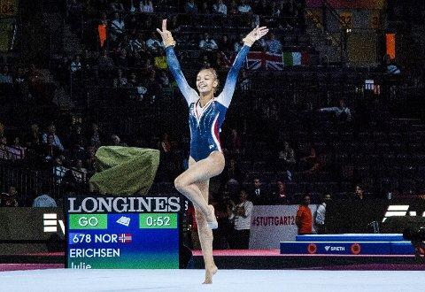 Julie Dicko Erichsen (18) fra Laksevåg turn og idrettslag er klar for OL i Tokyo etter sterk VM-innsats. Her er hun i frittstående i VM.