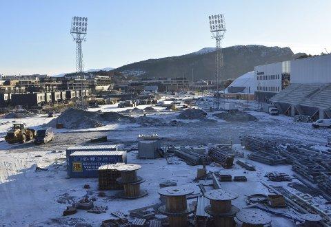 Slik så Åsanes nye hjemmebane ut mandag denne uken. Akkurat nå er det ikke mye som tilsier at det skal spilles fotballkamp her om to måneder.