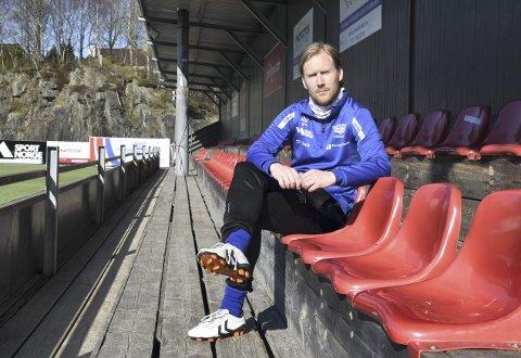 Ørjan Håland og resten av fotballen fra nivå fire og nedover har fortsatt ikke lov å utøve idretten sin, i likhet med all annen kontaktidrett der utøverne ikke er profesjonelle.