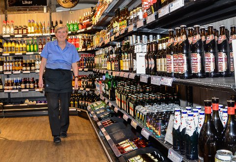 ØL: – Det er ikke bare vin og brennevinssalget som øker, for vi selger også stadig mer og mer øl, smiler Tobiasson.
