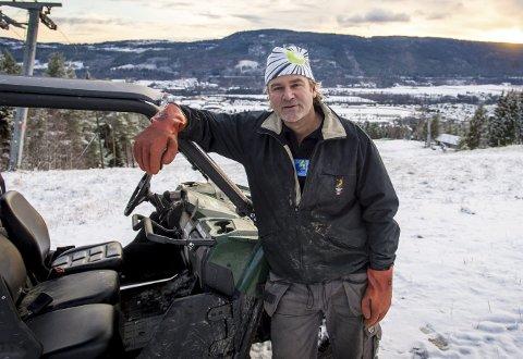 Mangler ishall: – Drammen mangler en innendørs ishall for bandy og hockey, sier Erik Graaberg. Foto: Rune Folkedal