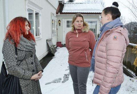 TILLIT: Sine Marie Brastad (f.v.), Kristin Strehlin og Yvonne Løken kjemper for den unge legen.