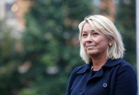 Næringsminister Monica Mæland (H) sier til VG: «Å få ledige i jobb og å skape nye arbeidsplasser, spesielt i privat sektor, er vår viktigste oppgave i 2017». Foto: Terje Pedersen / NTB scanpix