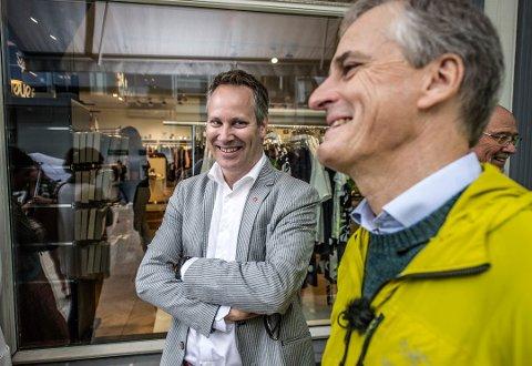 To i Aps sentralstyre: Jon-Ivar Nygård og partileder Jonas Gahr Støre, begge er foreslått gjenvalgt. (Arkivfoto: Geir A. Carlsson)