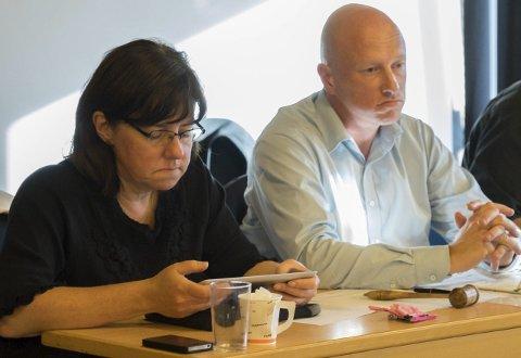 Tidligere ordfører Tore Nysæter erkjenner at det var feil å ha med bestemmelsen om hvor ny Frydenlundforbindelse skulle gå i avtalen som ble inngått med LKAB. Rådmann Wenche Folberg fastslår at det ikke kan forskutteres utfallet av reguleringssaker.
