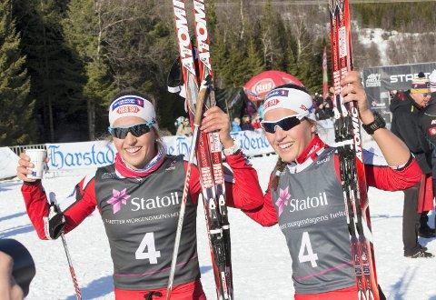 GULLJENTENE: Lotta og Tiril Udnes Weng vant gull under lagsprinten i senior-NM på Gålå torsdag.