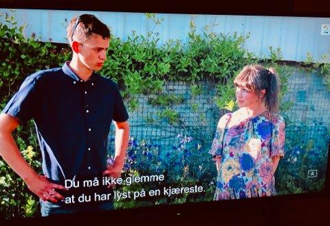 """Programleder Gunhild Dalberg minnet Jakten-bonden Christoffer på at han jo ønsker seg en kjæreste, og ikke """"bare"""" vennskap med jentene han har invitert til gards."""