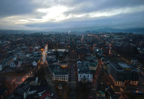 """RYKTER: Det svirrer rykter om """"salg"""" av koronasmitte i Grenland. Foto: Theo Aasland Valen"""