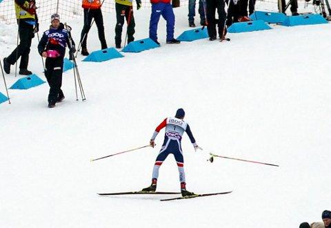 Johannes Høsflot Klæbo tok ein Oddvar Brå sist han var på Lillehammer.