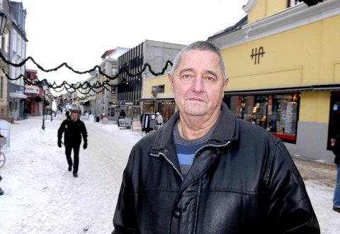BEHANDLES I KVELD: Habiliteten til Egil Hult i TTIF og Halden kommune.