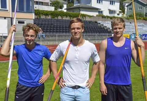 Treningskompiser: Alexander Skorpen trives med treningskameratene Jarl Bjørklund (t.v.) og Christer Stenersrød.