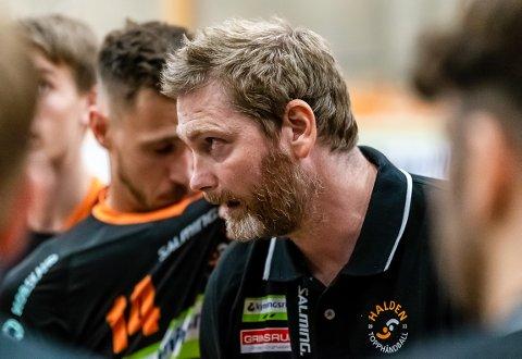 BLIR?: Jan Thomas Lauritzen har utgående trenerkontrakt, men både han og klubben bekrefter at det jobbes med forlengelse.