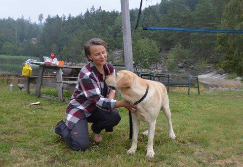 Linda Marie Berget (39) og turkameraten Nero har lagt av en uke til å komme seg hjem til Rakkestad.
