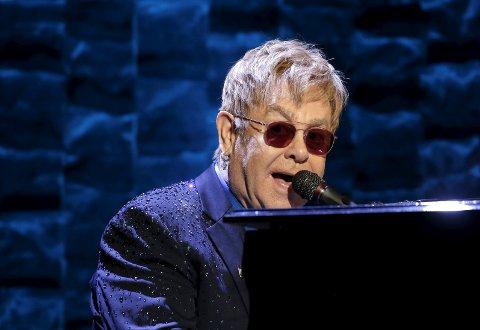 TOLKER ELTON: Elton John er neste prosjekt for storkoret i Hamar. Men resultatet må du vente et og et halvt år for å se.