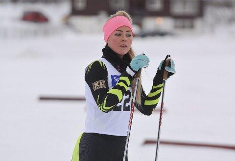 GÅR RENN I RUSSLAND: Sirin Elisabeth Strand går til daglig for Alta IF, men i helgen skal hun konkurrere med flagget på brystet under Barents Winter Games.