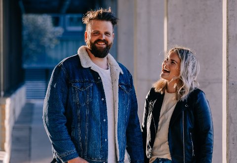 Stian Hallberg og Martine Framnes Liavaag bruker rundt 1.000 kroner i uken på mat.