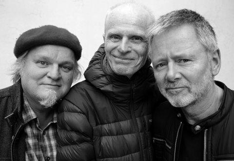 Denne trioen, Knut Reiersrud, Gabriel Fliflet og Ole Hamre, speler konsert på Husnes til helga. (Pressefoto).