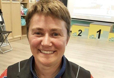MEDALJEGROSSIST: Gunn Heidi Sønsterud Haugen kunne smile fornøyd etter sitt 15 individuelle NM-gull i pistolskyting. Dette var også hennes 60. individuelle NM-medalje.FOTO: PRIVAT