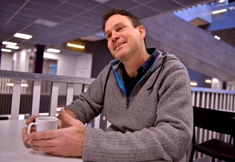 Juel H. Rye, styreleder Kongsberg jazzfestival, svarer i en mail at de har reflektert over støyen den siste tiden.  Fredag skal det være et møte mellom KOG og KJF.