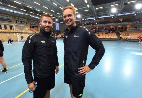 VM-DOMMERE: Håvard Kleven (t.h.) og Lars Jørum skal dømme i VM i håndball. FOTO: OLE JOHN HOSTVEDT