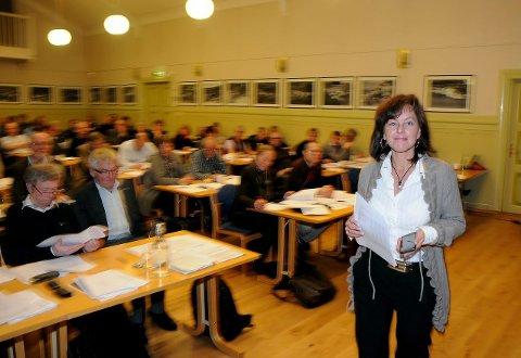 INVITERER: Tonje Evju inviterer sentrumspartiene til samarbeid. – Slik jeg ser det ligger sentrumspartiene nærmere Ap enn Høyre i flere av sine kjernesaker, sier hun.