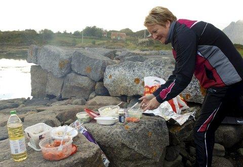 Sosialt: Matlaging og teori om kosthold var noen av ingrediensene under kurset.