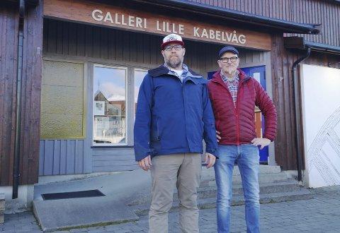 Gleder seg: Eivind Natvig og John Stenersen gleder seg til å åpne fotofestivalen torsdag kveld.FOtO: Kristian Rothli