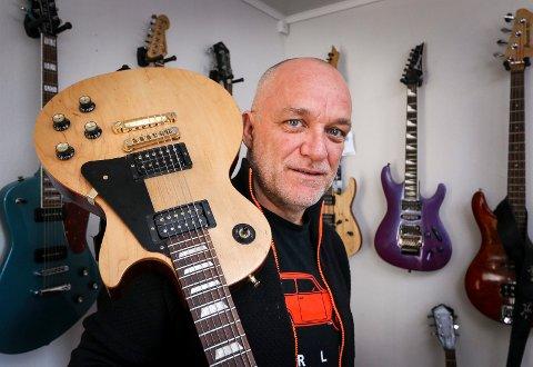 FRONTFIGUR: Tom Ostad er vokalist i tungrockbandet Blodsmak.