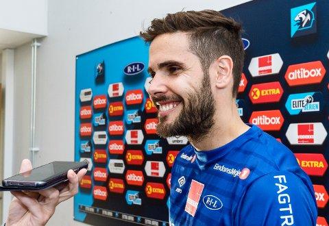 Eirik Valla Dønnem var i mange år overmoden for å ta det siste steget. I tre år var læreren profesjonell fotballspiller. Nå er det slutt.