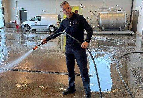Olav Noteng dokumenterte den siste dagen på jobb for brannvesenet.