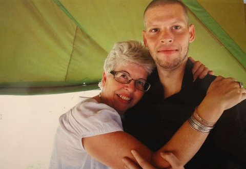 ENDELIG HJEMME: Etter å ha sittet åtte år fengslet i Kongo, kom Joshua French hjem til Norge 17. mai 2017. Foto: Privat