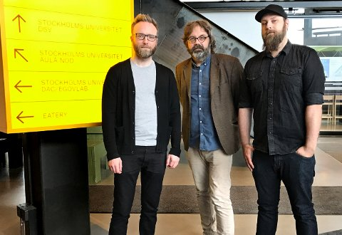 FOR «GAMERE»: Til høsten lansereres et årskurs i spillutvikling i Tromsø. Fra venstre: David Söderström, leder ved spillutviklingsprogrammet ved Stockholms universitet, Lars Utstøl, daglig leder i Studiesenteret.no og Martin Adolfsson, fagveileder for årskurset.