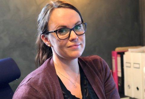 I RISIKOGRUPPEN: Koronaen kom til Norge bare to måneder etter at Henriette Røsberg startet ny hudklinikk på Gjøvik. Klinikken har mange kunder, men selv er hun i risikogruppen for korona og må holde seg hjemme.