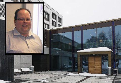 UNDERSKUDD: Økonomisjef Jan Ove Moen opplyser at Gjøvik kommune går i underskudd i koronaåret.