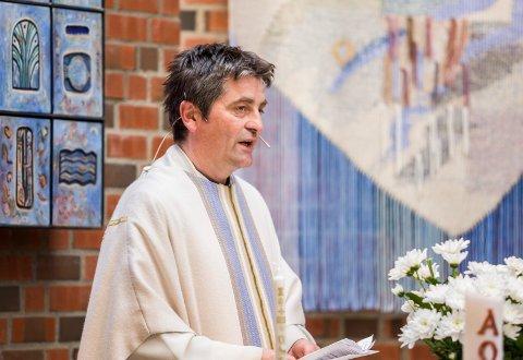 ENDELIG: Jan Kay Krystad, sogneprest i Kråkstad, har ventet lenge på homofiles mulighet til å gifte seg i Den norske kirken.