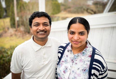 STORTRIVES: Gurudutt og Archana Verma stortrives på Langhus og nå sist som innbyggere i Fossveien.