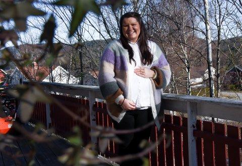 BABYLYKKE: Til sommeren skal Silje Kristine Stenberg bli mamma for andre gang.