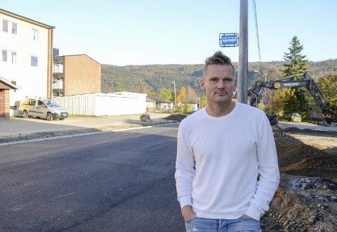 TRIST: Rainer Bergersen, styrer ved Revelheia Barnehage, synes det er trist at de nå mister et tilbud.