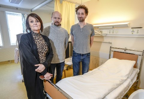 Michael Strehle har søkt jobben som medisinsk direktør i Helgelandssykehuset. Her er han sammen med enhetsdirektør Beate Aspdal og områdesjef medisin Ole Johnny Pettersen.