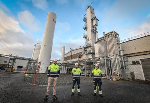 AGA Linde gass oksygenfabrikk luftgassfabrikk i MIP Mo Industripark. Fabrikksjef Andreas Morberg. Geir Thoresen og Kåre Rødfjell.