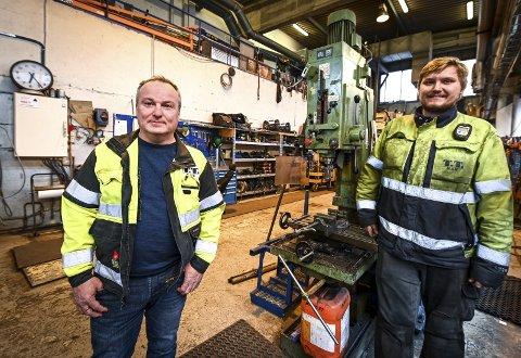 Trond Trondsen (t.v.) og Ragnar Moen Hansen har begge forkjærlighet for industri og vedlikehold. Trondsen har drevet bedriften han selv startet i 2013, mens Moen Hansen ble ansatt etter at han først var lærling.