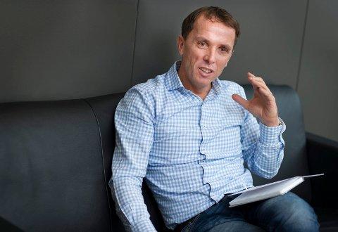 AGENT FOR NYTT BILMERKE: Nils Kjetil Tronrud utvider sortimentet i Brooklands Motors, denne gangen med en elbil for de fartsglade.