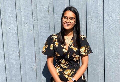 TRIVES UTENLANDS: Veronica Karlsen Frantzen (21) er over halvveis i sykepleierutdanningen. Utdanningen tar hun i Polen, og hun får autorisasjon til å jobbe i Norge når hun er ferdig. Men hun har imidlertid et ønske om å jobbe utenlands når utdannelsen er i boks. – Jeg har lyst til å jobbe for Leger uten grenser, sier hun.