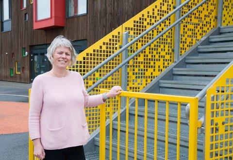 Virksomhetsleder for Ganddal barnehagene Anne Brit Haukland og resten av personellet gleder seg veldig til å få barna tilbake. Nå jobber de med å trygge både ansatte og foresatte før åpningen på mandag.