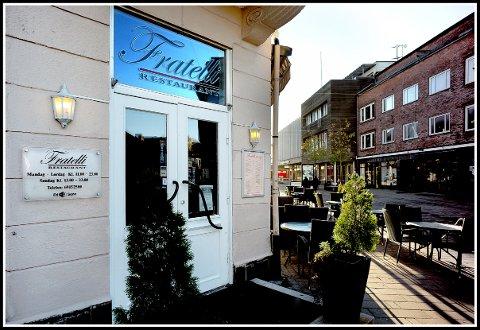 KONTROLLERT: En rekke av byens spisesteder ble kontrollert av Mattilsynets inspektører i september. Hos Fratelli var ikke alt på stell ved det første besøket 5. september, men spisestedet fikk utdelt smilefjes 10. september.