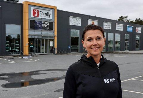 TAR TAK: Senterleder Lina Malmström av Family Sports Club på Iseveien er opptatt av å begrense smittetrykket. Derfor har sentret på Iseveien sammen med Quality tatt grep og stengt av for gjestetreninger inntil videre.