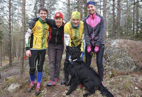 BENYTTET ANLEDNINGEN: Familien Alfred (f.v.), Astrid, Tore og Karoline Bjørnerød har flyttet fra Ringvoll til Askim og var for én gangs skyld hjemme i julen. Da benyttet de anledningen til å være med på andre juledagsløpet.