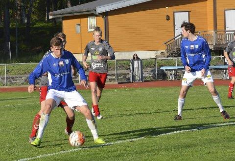HELT KONGE: Tilbakevendte Martin Nesset regjerte i stor stil. 24-åringen fra Ørje viste seg som en solid forsterkning for Askim FK. – Gøy å være tilbake, sa banens ubestridte konge.